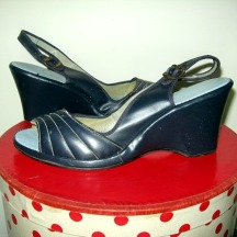 vintage retro fifties shoes navy wedges for summer pin up