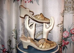 fifties vintage summer wedge sandals shoes peep toe